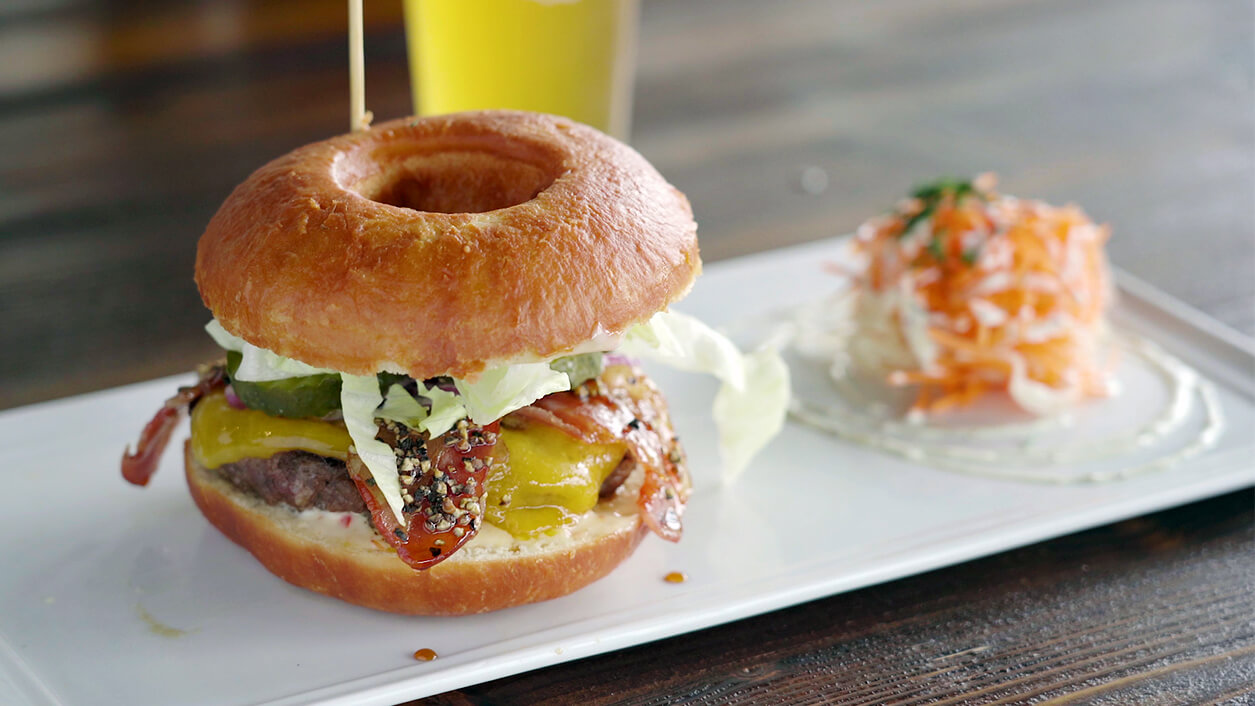 October : the Donut Burger